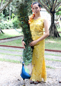 Nawla with a peacock